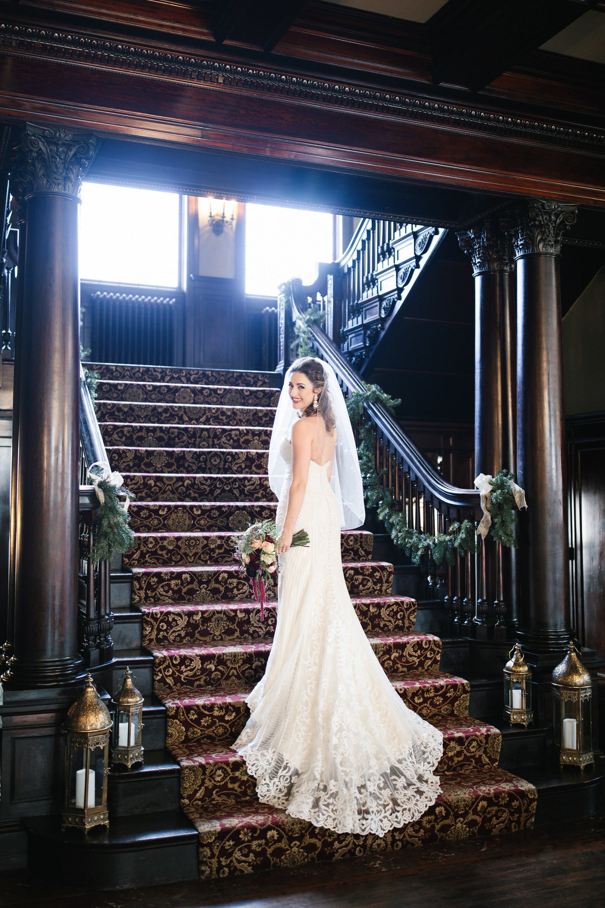 semple-mansion-february-winter-minneapolis-wedding-24