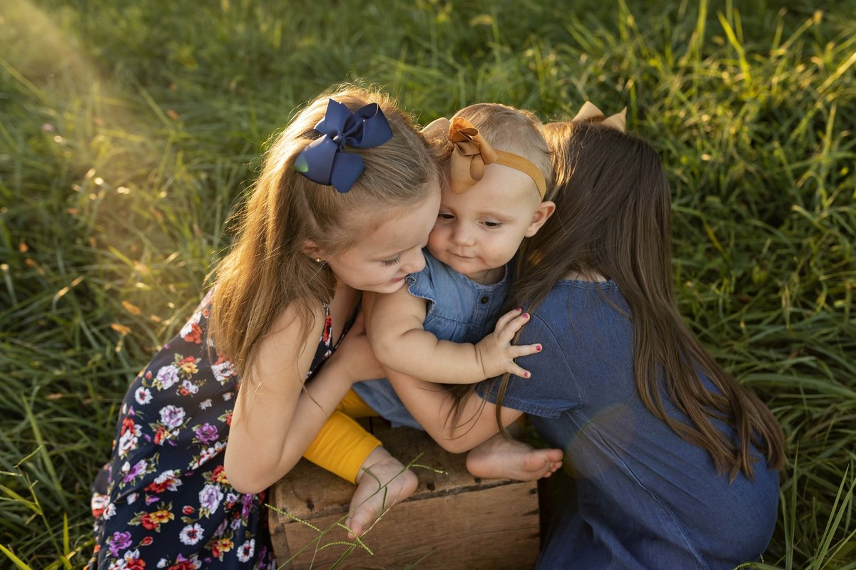 ashley wilder photography southern indiana bloomington bedford indianapolis family sunset field children kids_2466