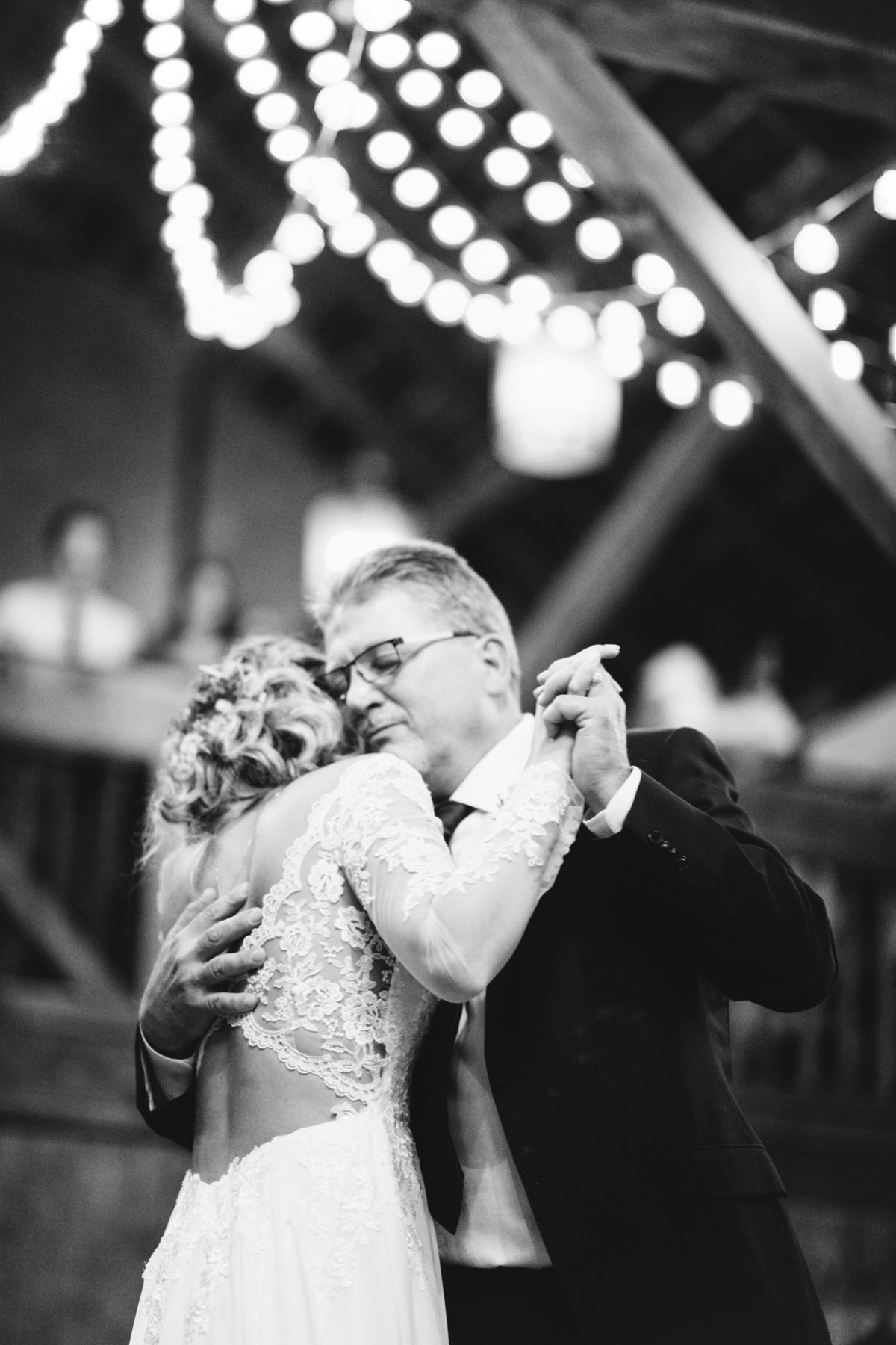 Hope-Glen-Farm-Cottage-Grove-Minnesota-September-Fall-Wedding-65
