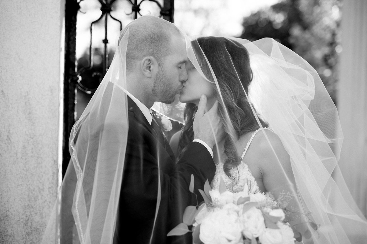 Shuster-Wedding-Grosse-Pointe-War-Memorial-Breanne-Rochelle-Photography1