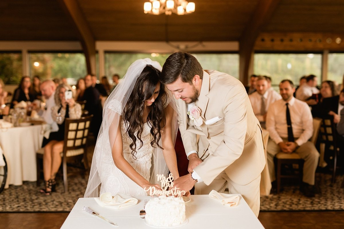Lauren-Nate-Paint-Creek-Country-Club-Wedding-Michigan-Breanne-Rochelle-Photography75