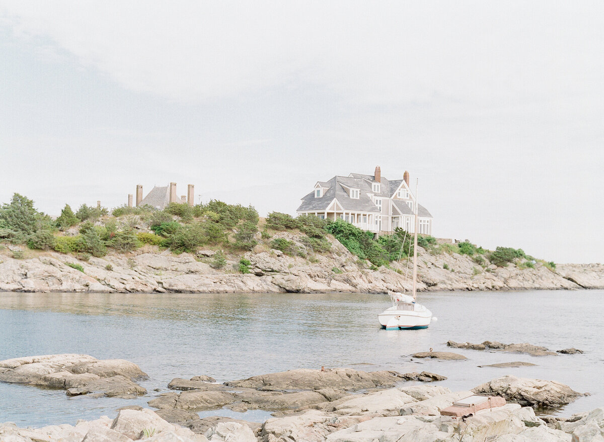541 TWAH-DOUGHERTY-BELLE-MER-RHODE-ISLAND-WEDDING