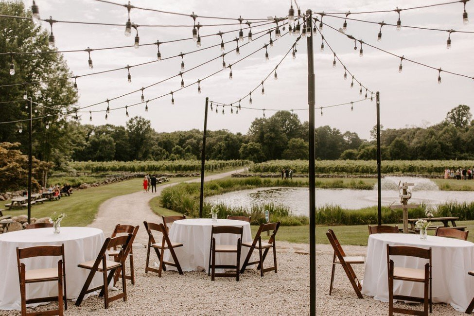 ct-wedding-planner-chamard-vineyards-wedding-28-975x650