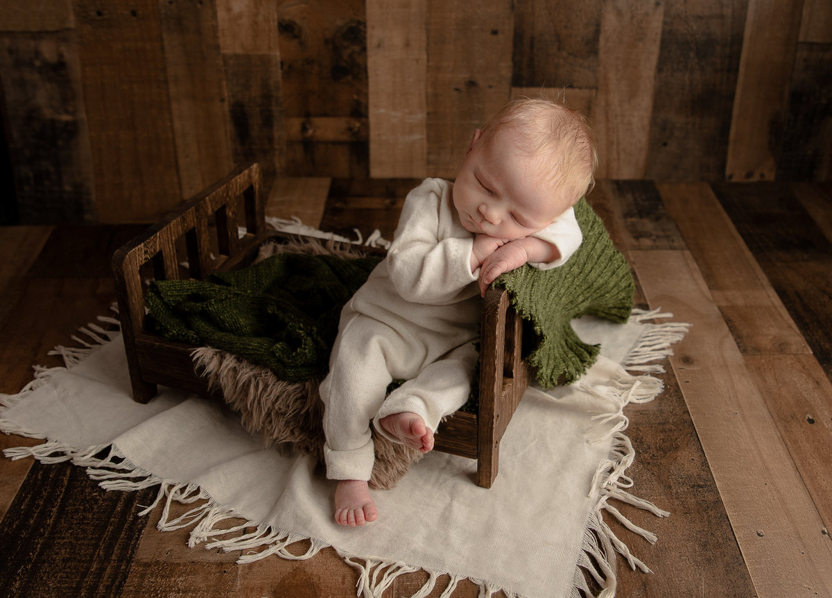 columubus.ohio.newborn.photographer-30