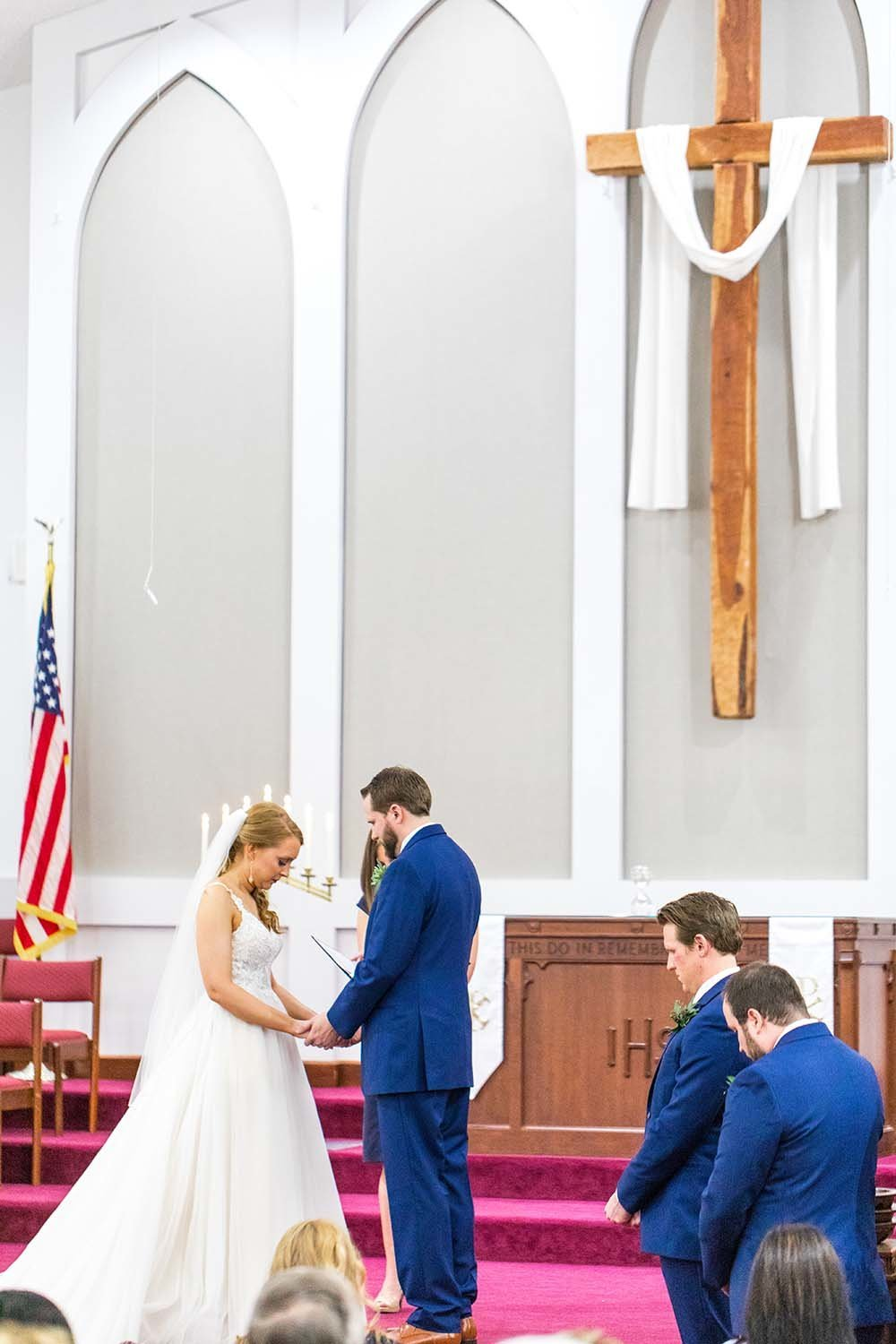 St.-Clairsville-Ohio-Wedding-Church-Ceremony-Couple-With-Cross