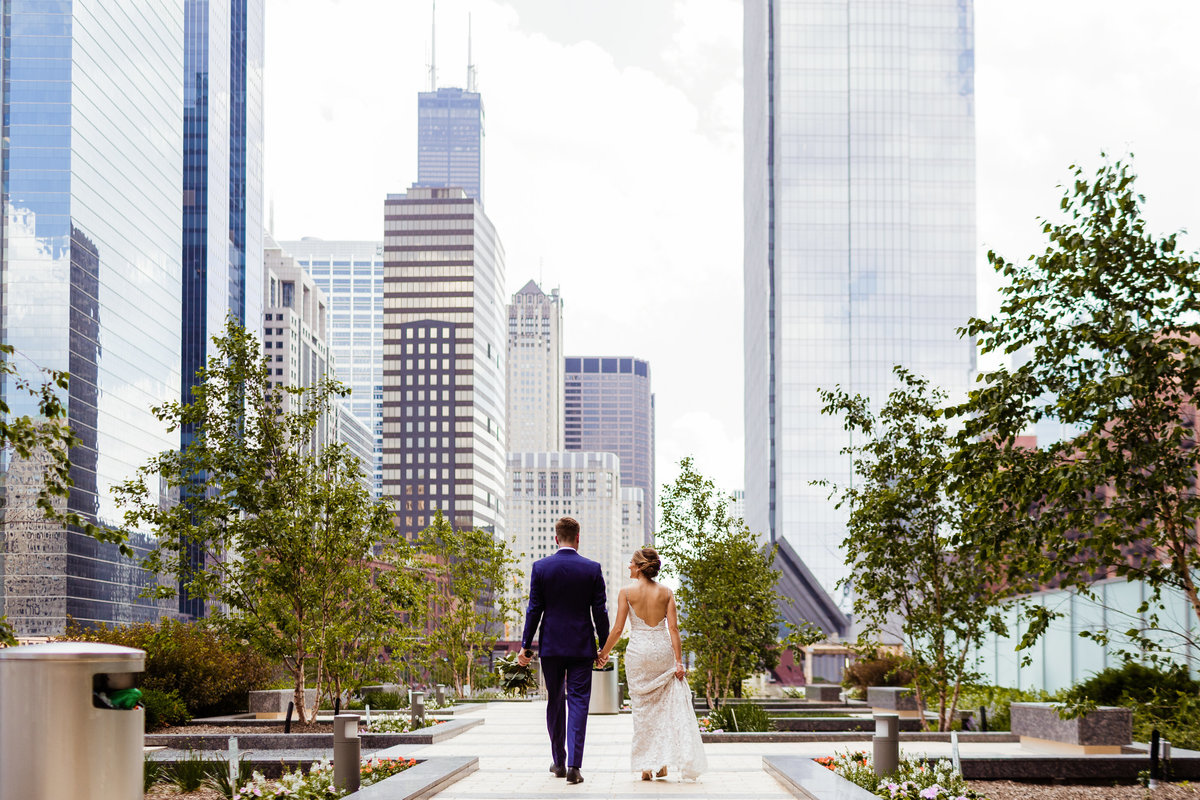 Chicago-Wedding-Photographers-Riverwalk-Wedding