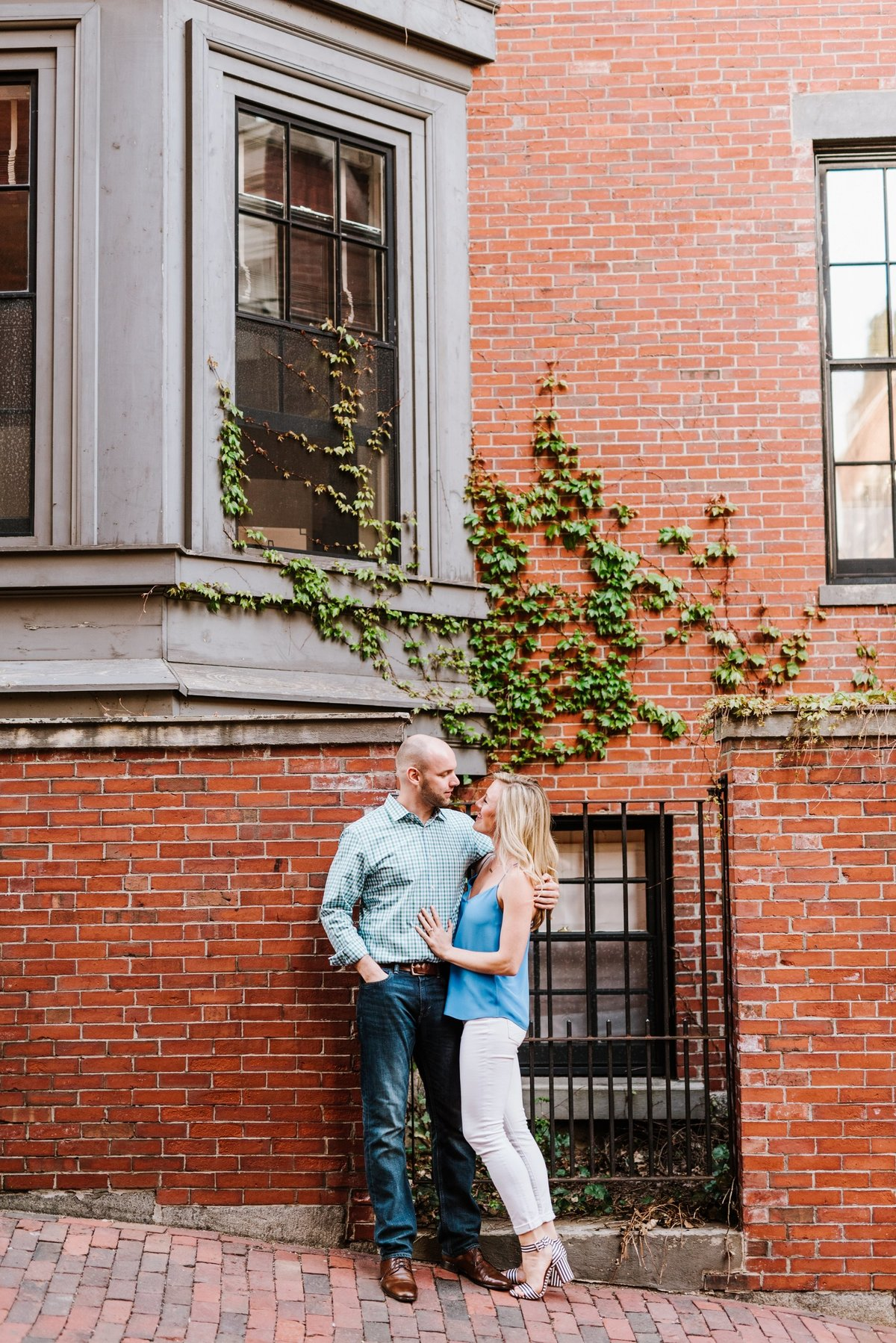 seaport-district-beacon-hill-engagement-session-boston-wedding-photographer-photo_0015
