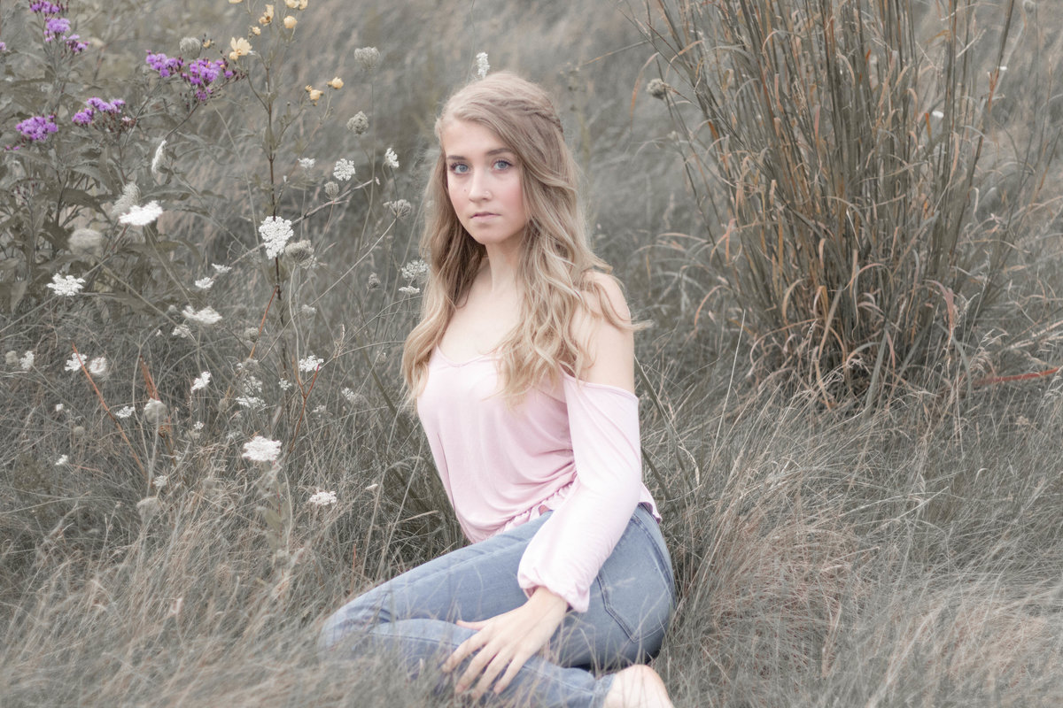 SENIOR PICTURES FLOWER FIELD-51