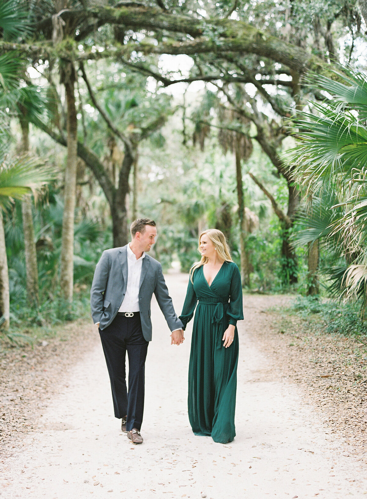 Napl-Florida-Engagement-film-photogrpaher-koreshan-state-park-1