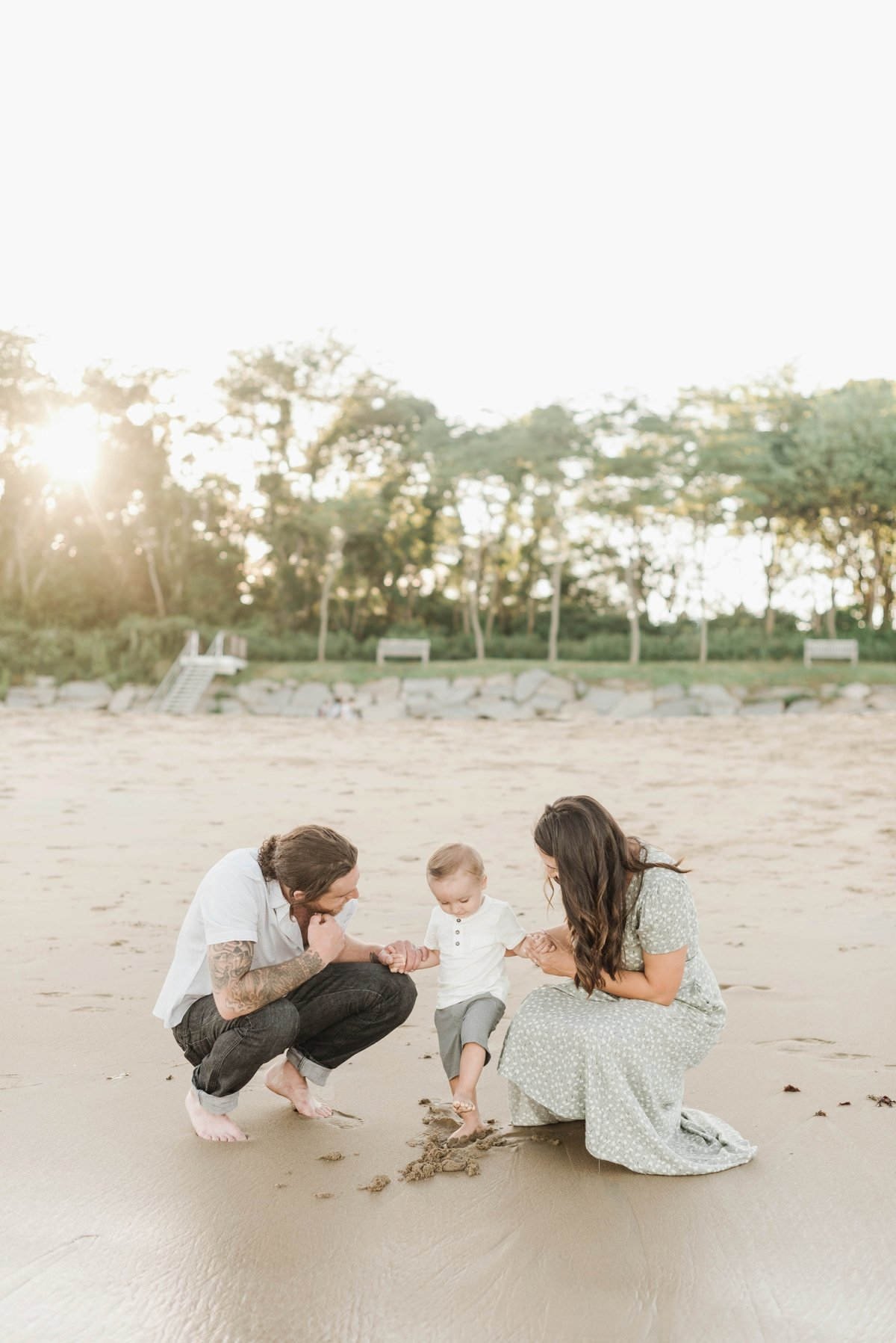 singing-beach-manchester-family-mini-session-photo_0012