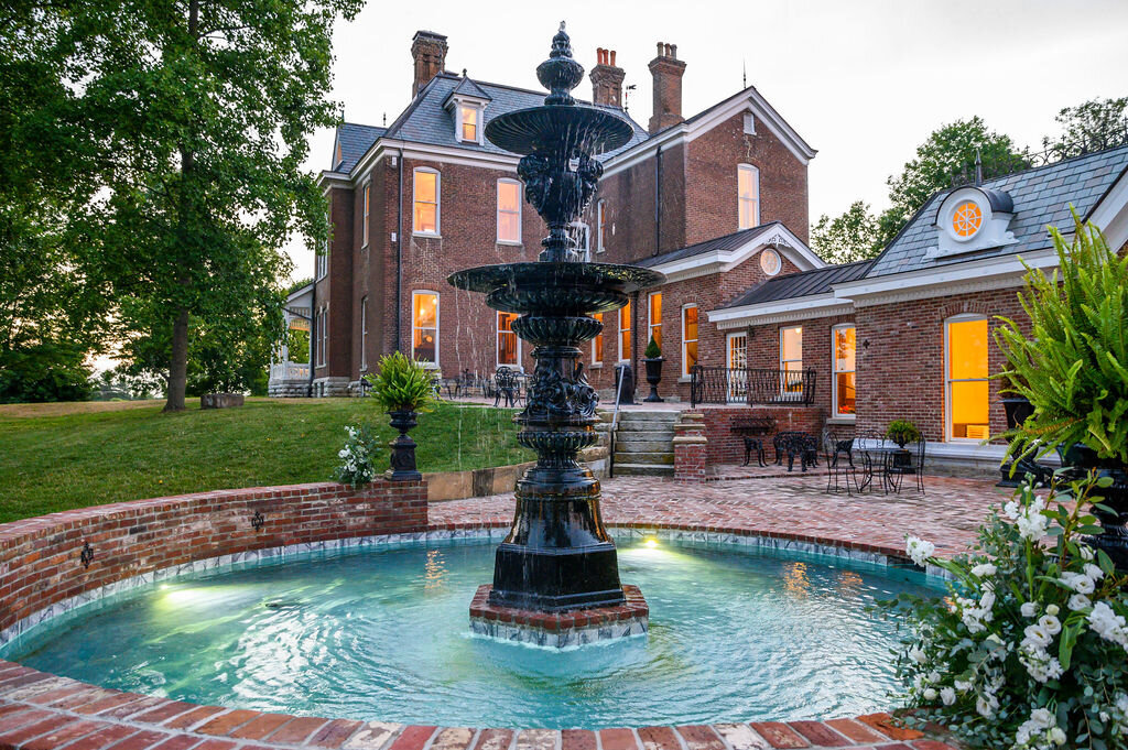 Lynwood Estate - Luxury Richmond Kentucky Wedding Venue - Elegant Estate Wedding 00041