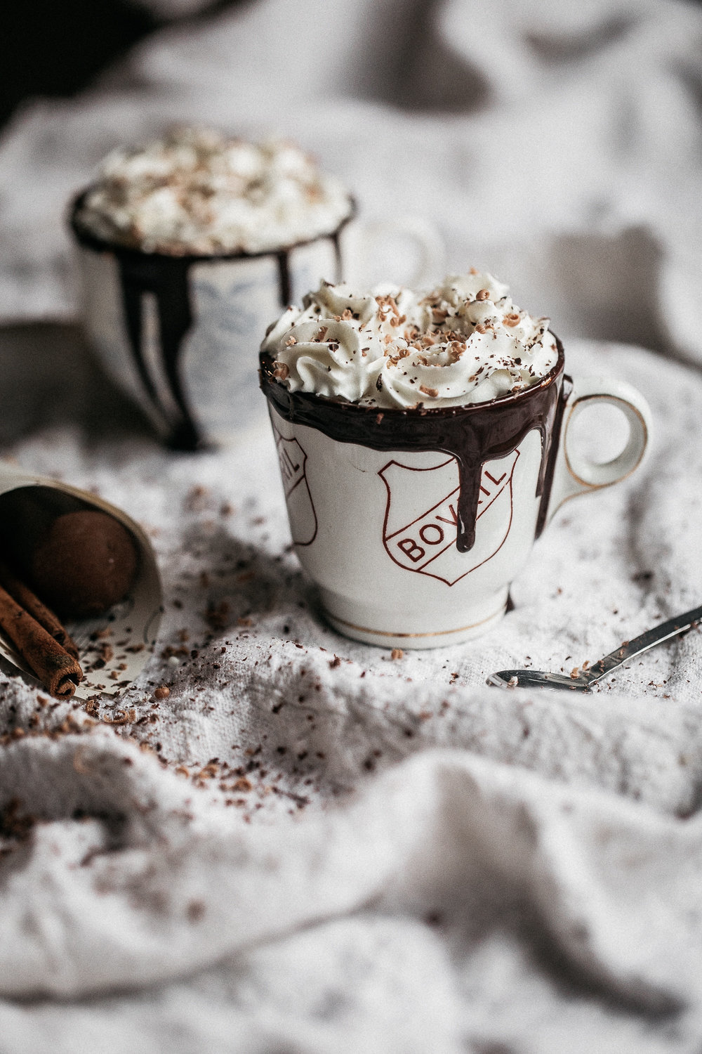 Boozy Spiced Noir Hot Chocolate | Anisa Sabet | The Macadames1
