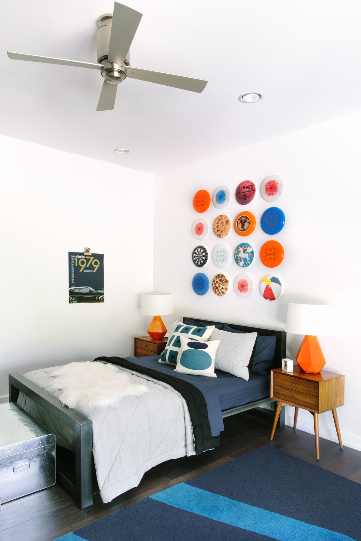 navy and orange boys bedroom