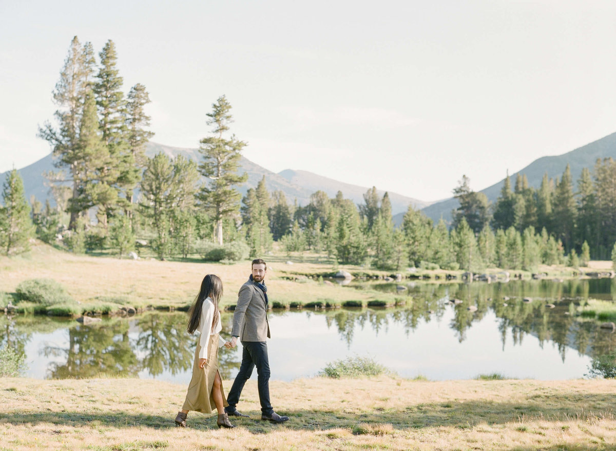 45-KTMerry-destination-engagement-photography-Yosemite-lake