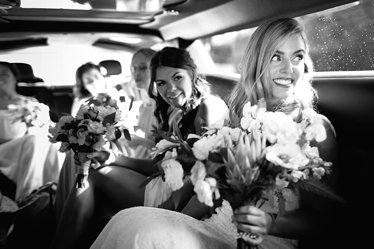 Bride and her wedding party travel to their venue at Merriman's Kapalua