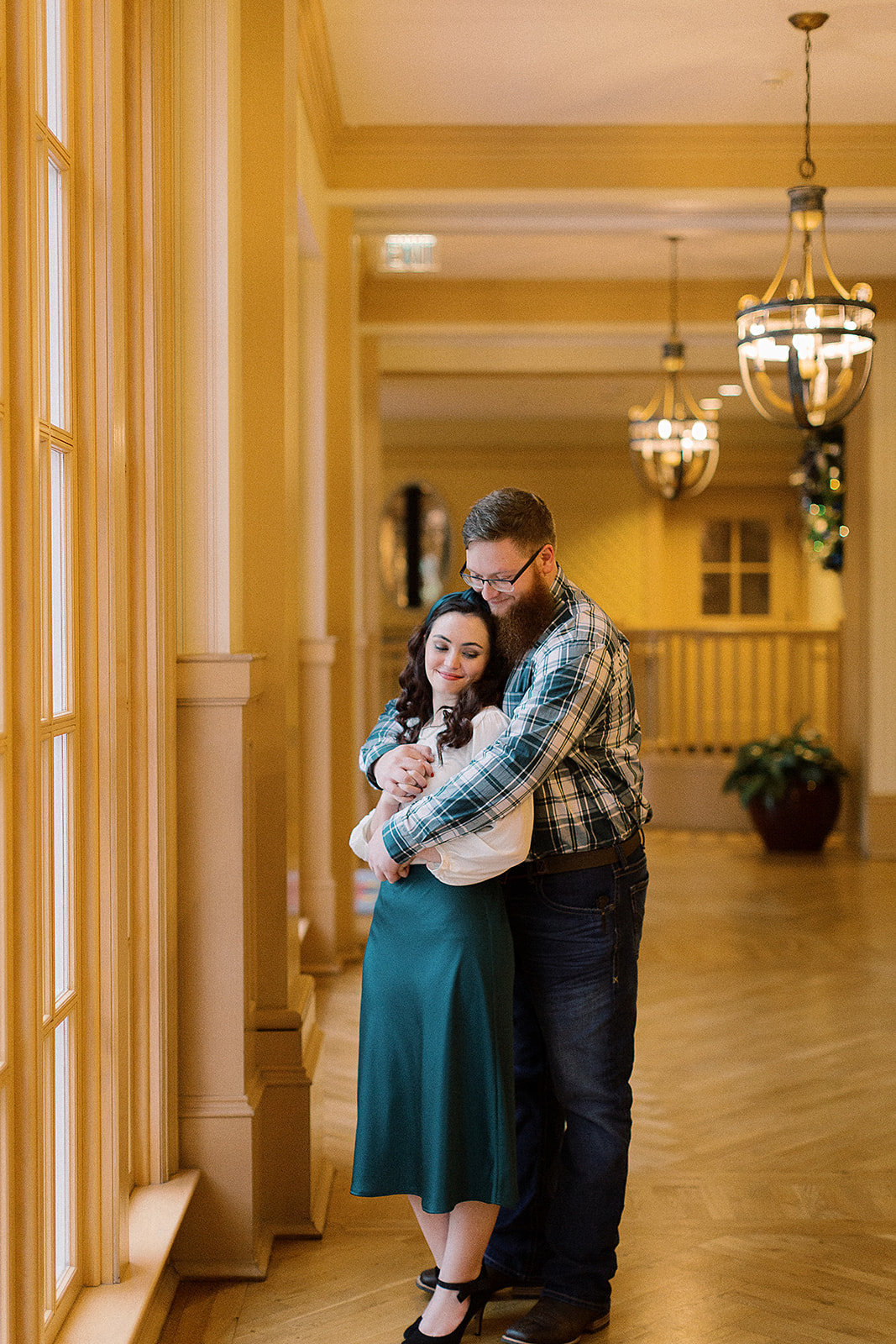 Cassidy_+_Kylor_Proposal_at_Disney_s_Beach_Club_Resort_Photographer_Casie_Marie_Photography-55