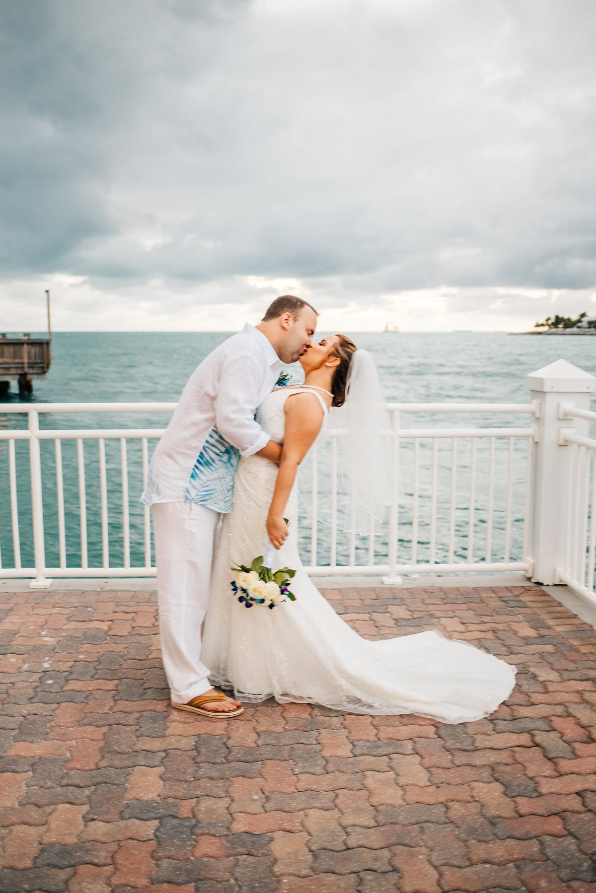 Kimberly_Hoyle_Photography_Bachman_Pier_House_Key_West_Wedding-39