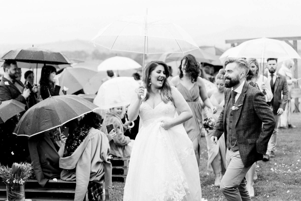 adams-farm-coldstream-yarra-valley-wedding-heart+soul-weddings-kel-jarryd-05157