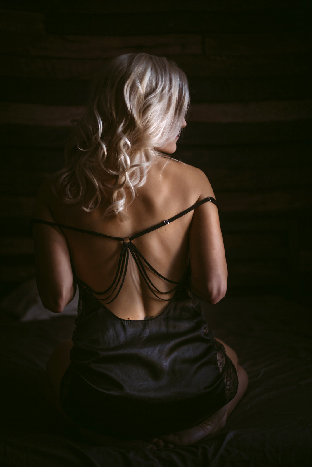 boudoir photographer savannah velvet light boudoir photographyA_B_-59