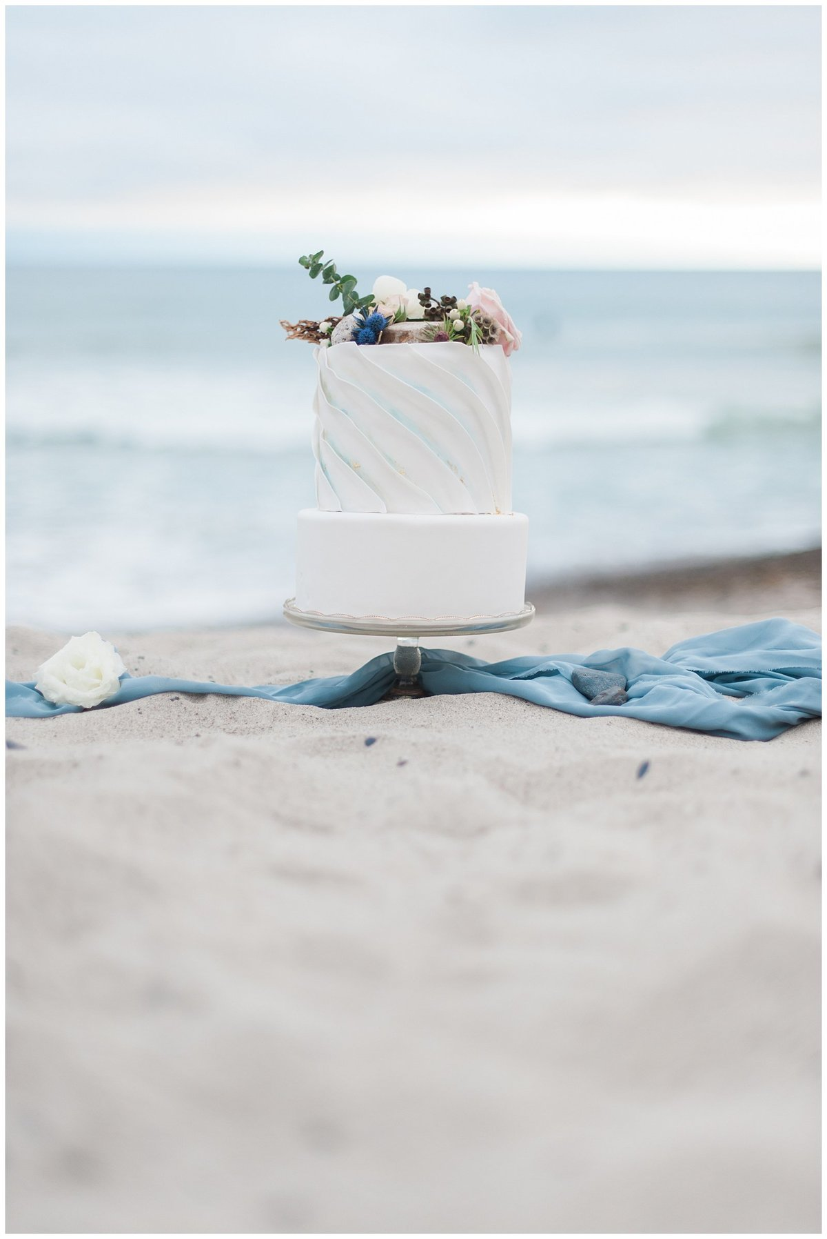 san clemente beach wedding elopement whimsical dreamy soft light socal photo014