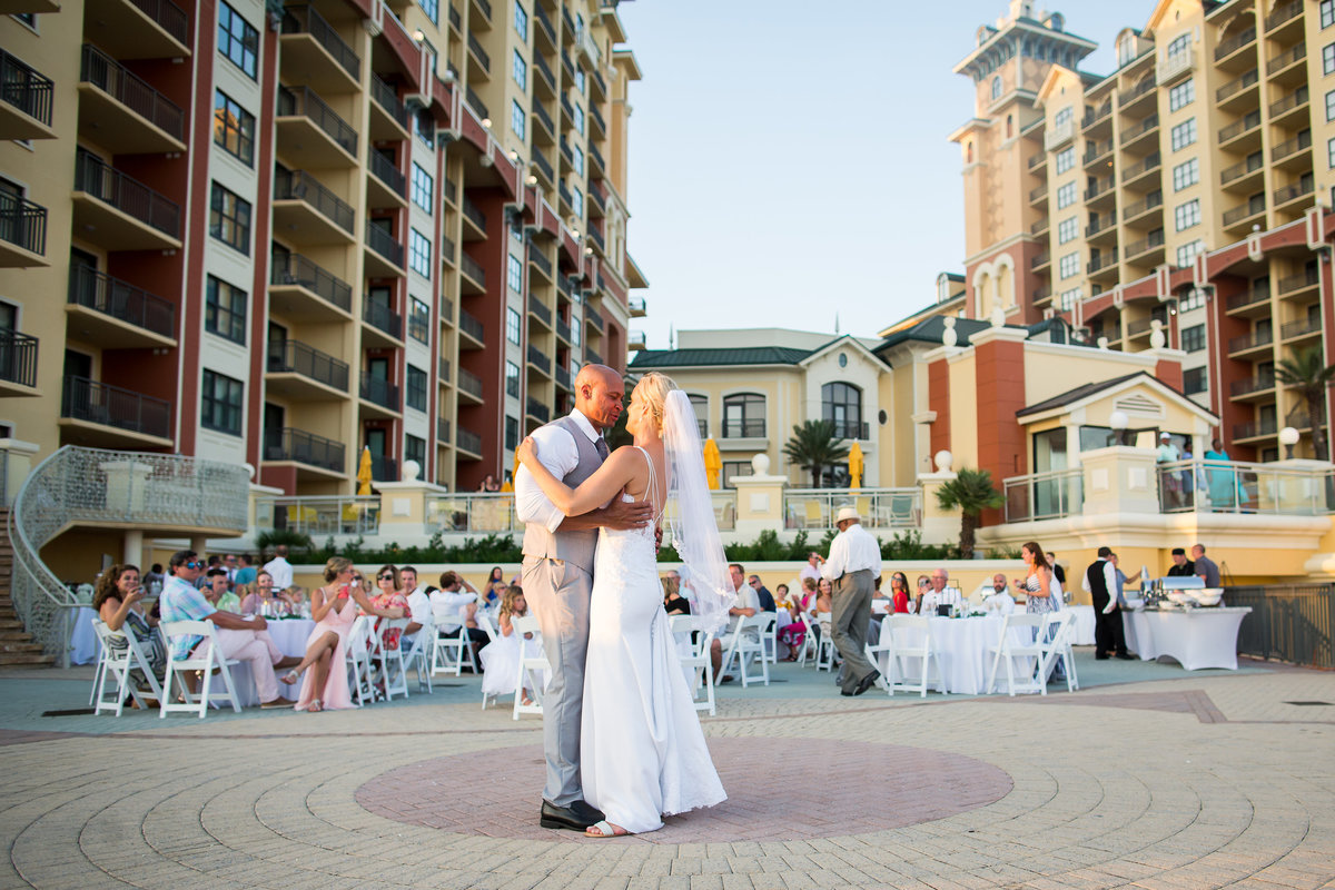 Emerald Grande wedding photographer, gwyne gray photography