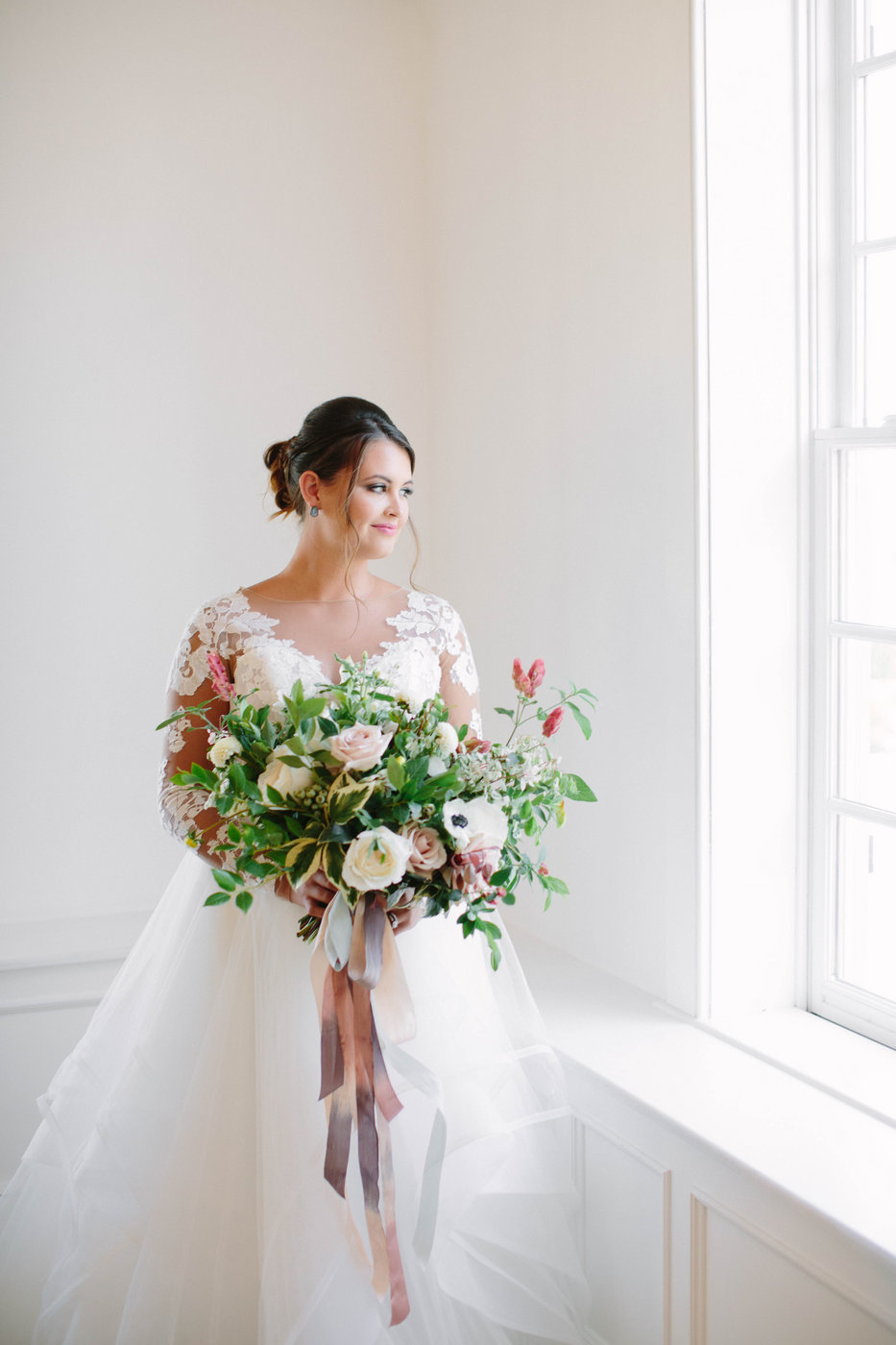 Brittany Bishop Photography White Room Styled Shoot July 17-SUBMIT hig-0026 (2)