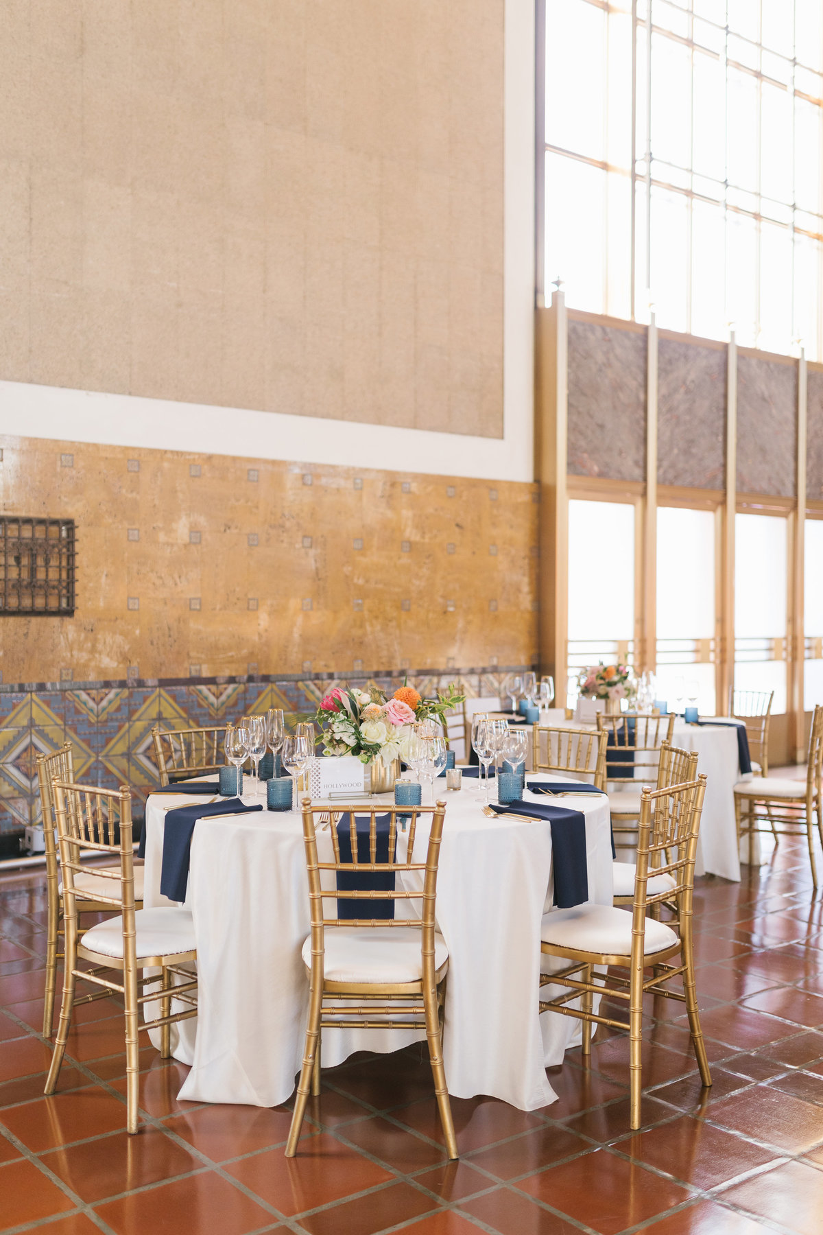 glamorous-union-station-wedding-los-angeles-34