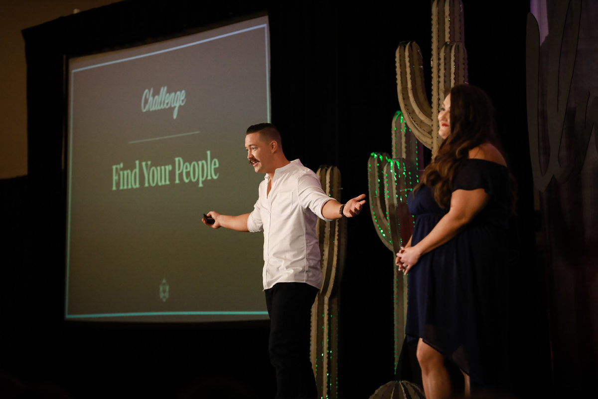 jess_and_james_showit_united_conference_2018_by_cassia_karin_photography-125