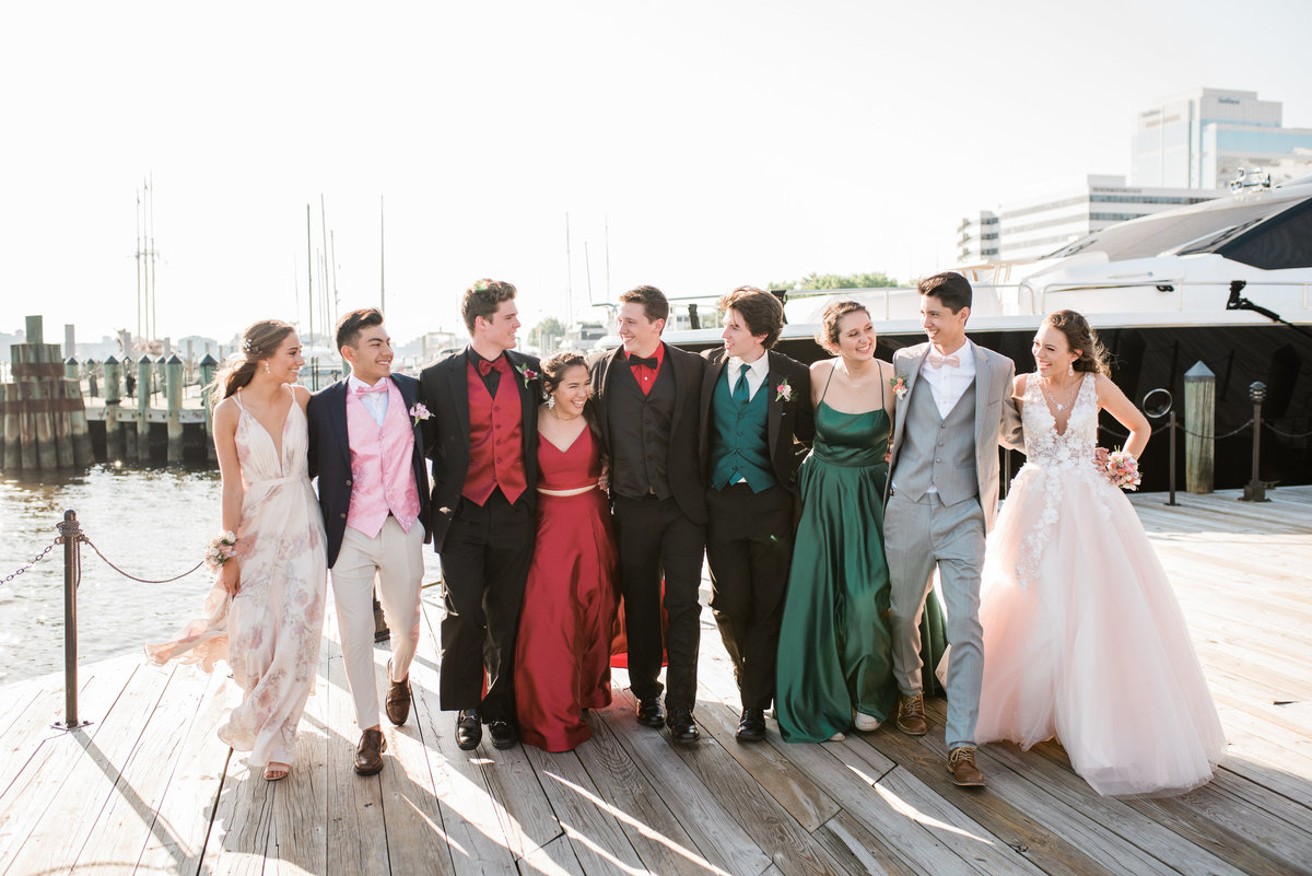 Christopher & Friends Prom 2019 Grassfield Leah Baggett Photography-13