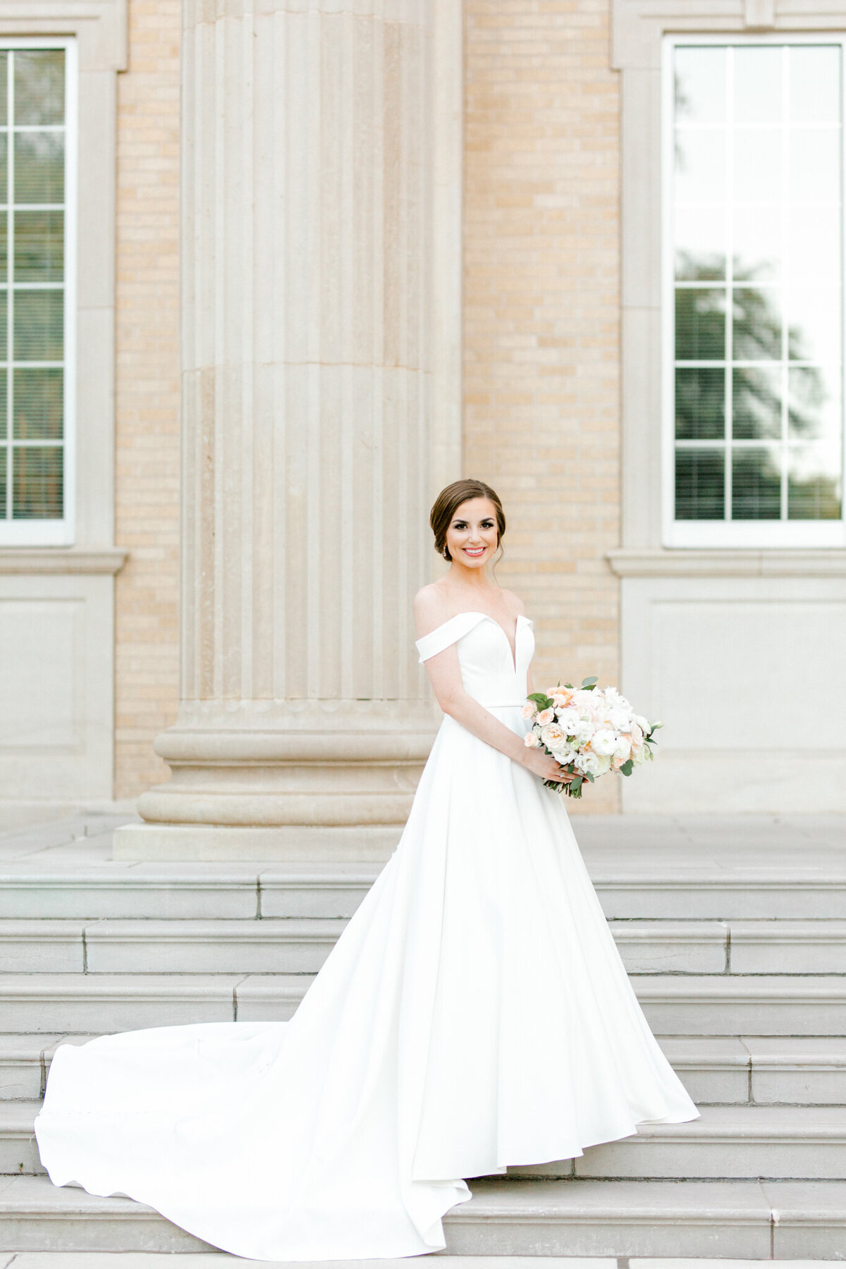 Lexi Broughton Bridal Portraits at TCU Robert Carr Chapel Fort Worth, Texas | Sami Kathryn Photography | Dallas DFW Wedding Photographer | R. Love Floral Blush and Peach Bouquet-26