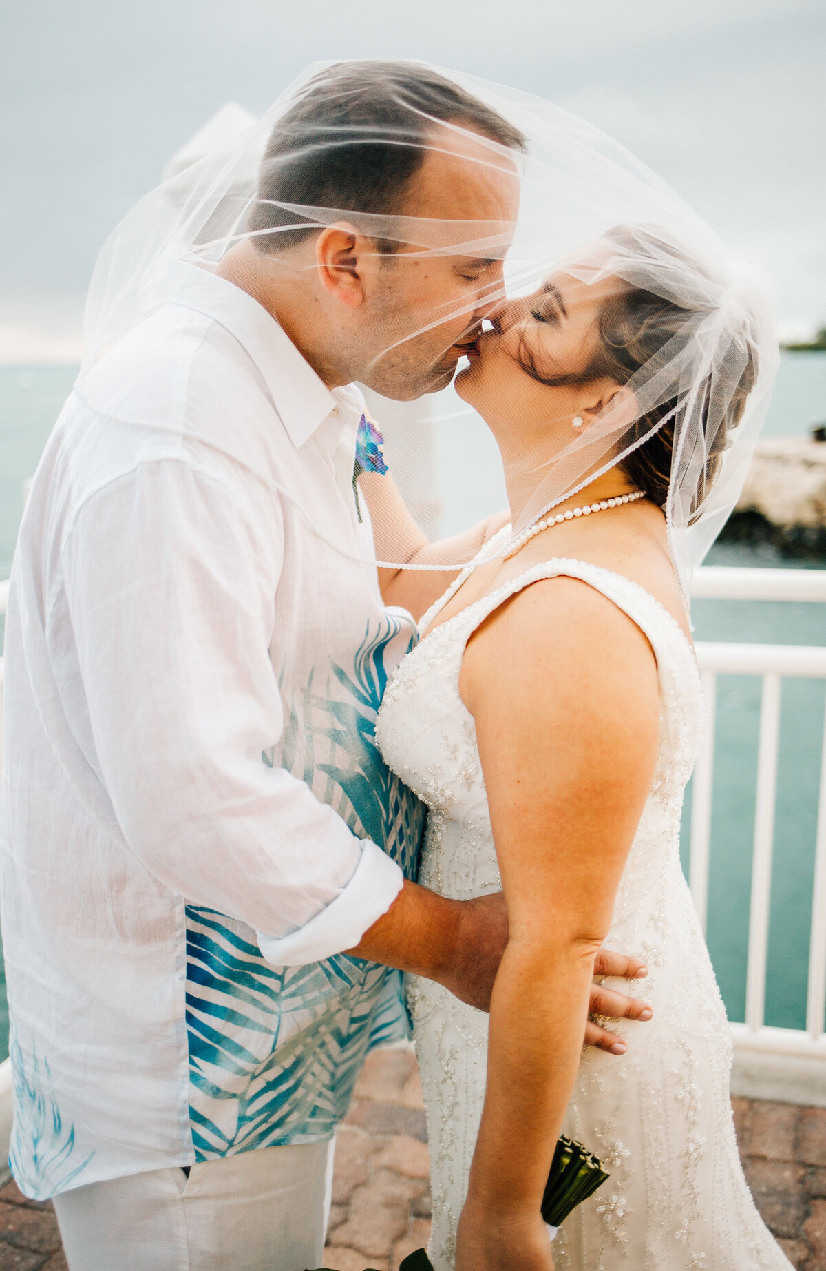 Kimberly_Hoyle_Photography_Bachman_Pier_House_Key_West_Wedding-36