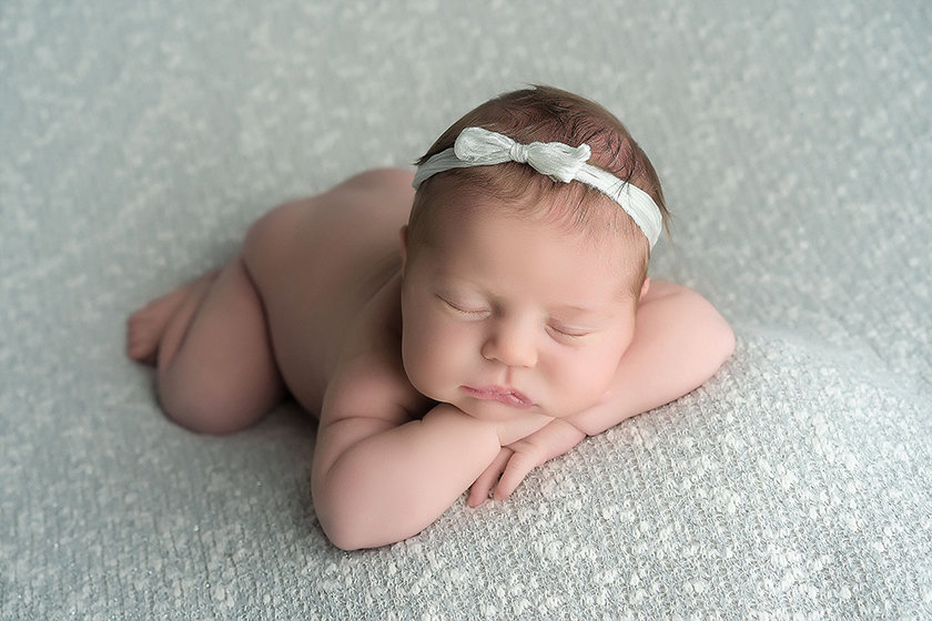 Mt.Pleasent_MI_Newborn_Photographer1305