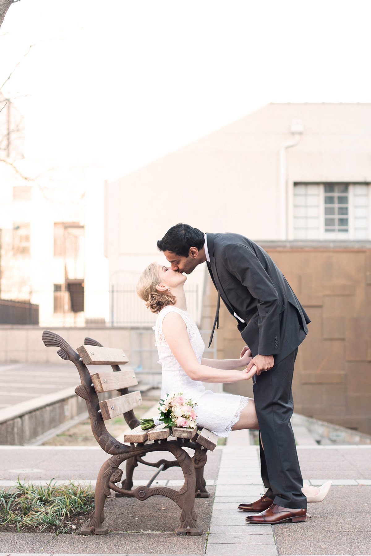 downtown memphis courthouse wedding portrait