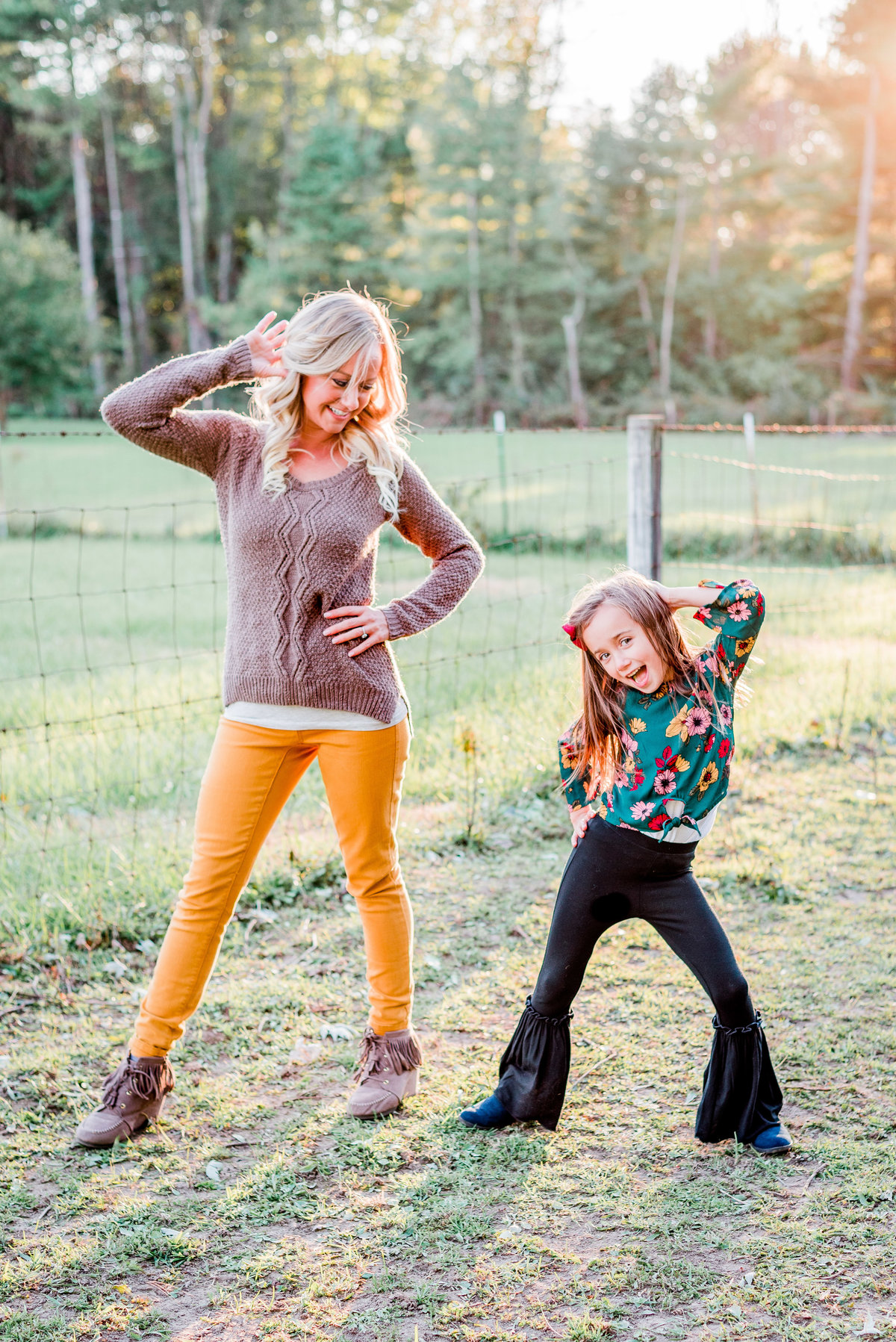 Cait Potter Creative LLC Mommy & Me Family Photography Farm Fall Rutic Smoke Bomb-1
