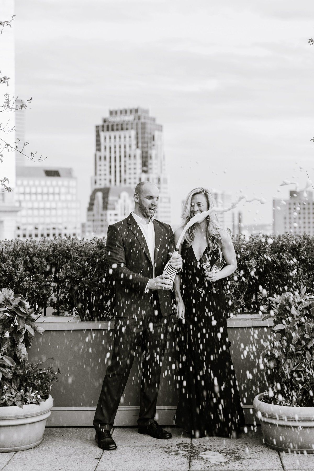 seaport-district-beacon-hill-engagement-session-boston-wedding-photographer-photo_0029