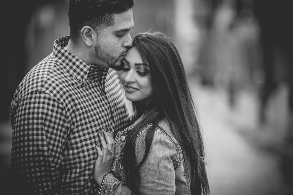 Philadelphia-engagement-photographer-Abhi-Sarkar-Photography-85