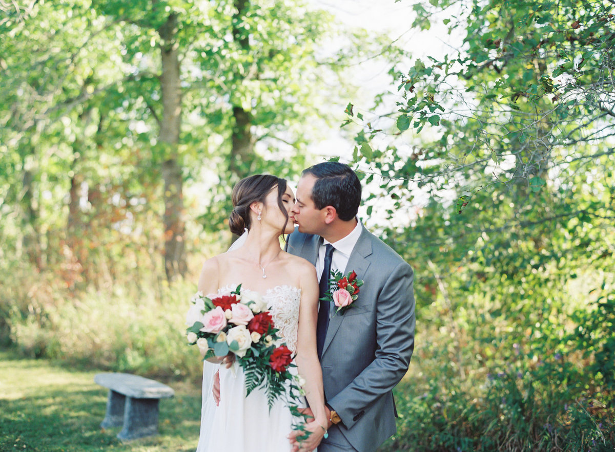 Jacqueline Anne Photography - Ottawa vineyard wedding-22