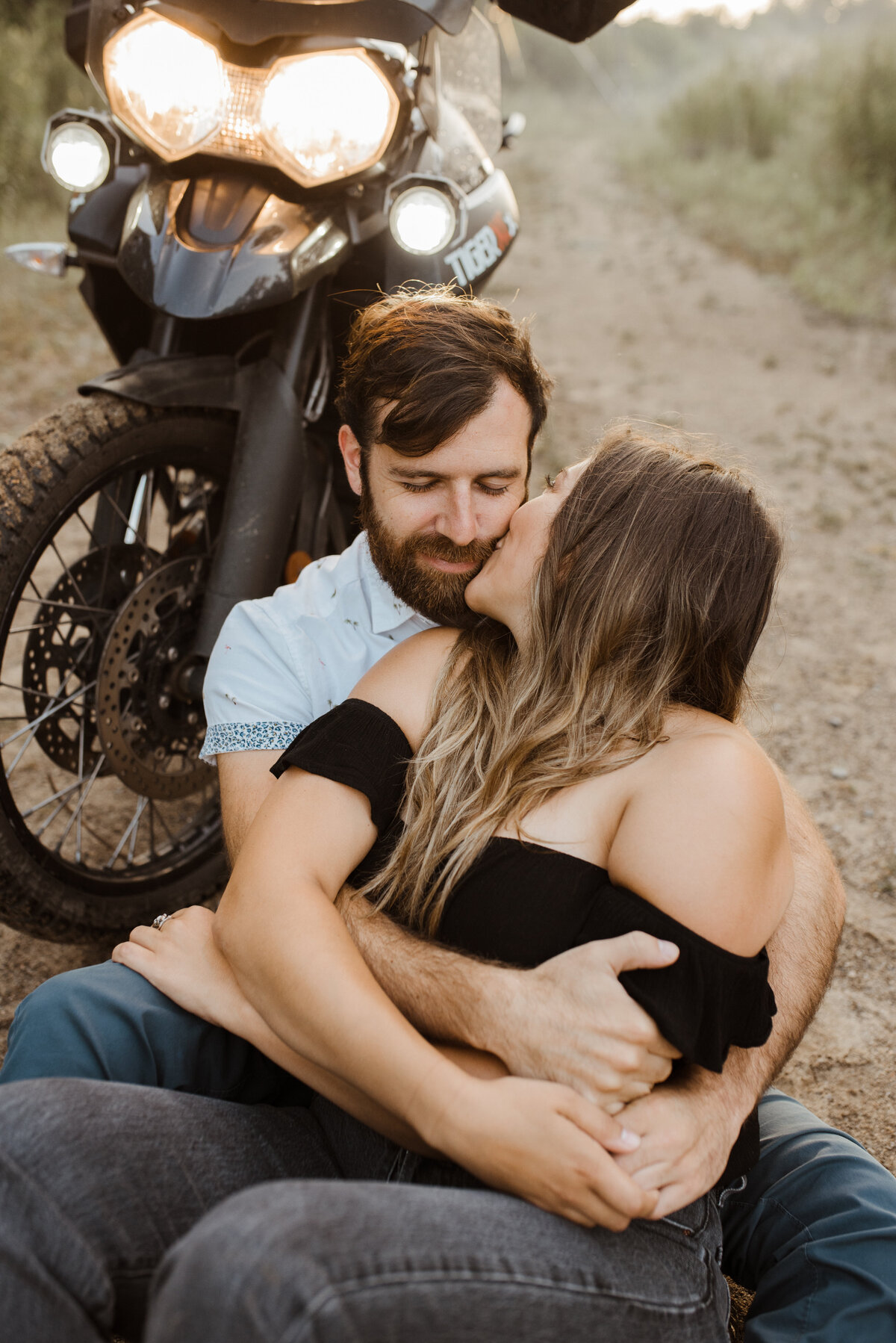 toronto-outdoor-fun-bohemian-motorcycle-engagement-couples-shoot-photography-24