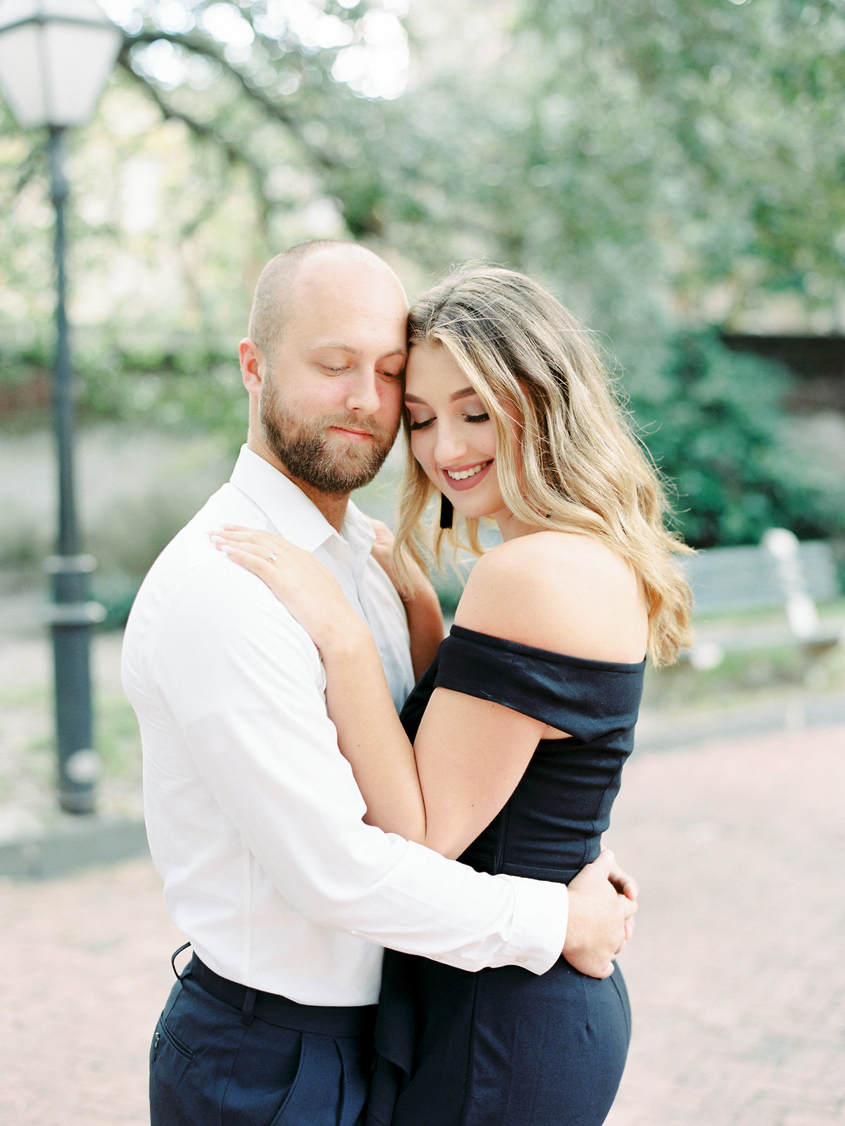 Rainbow-Row-Downtown-Charleston-Engagement-02