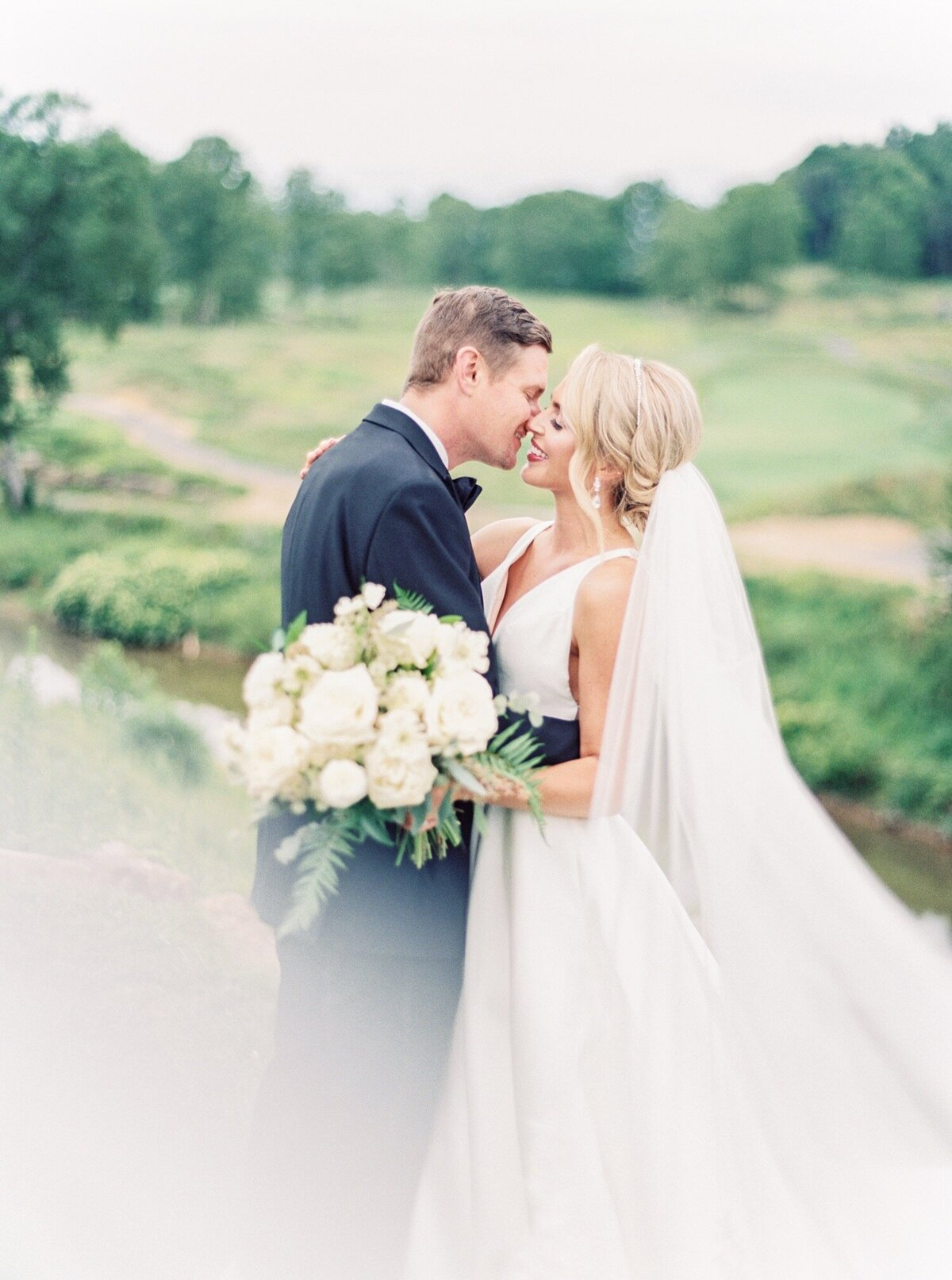 Pete-Dye-golf-Club-West-Virginia-Wedding-Photographer-Natalie-Jayne-Photography12