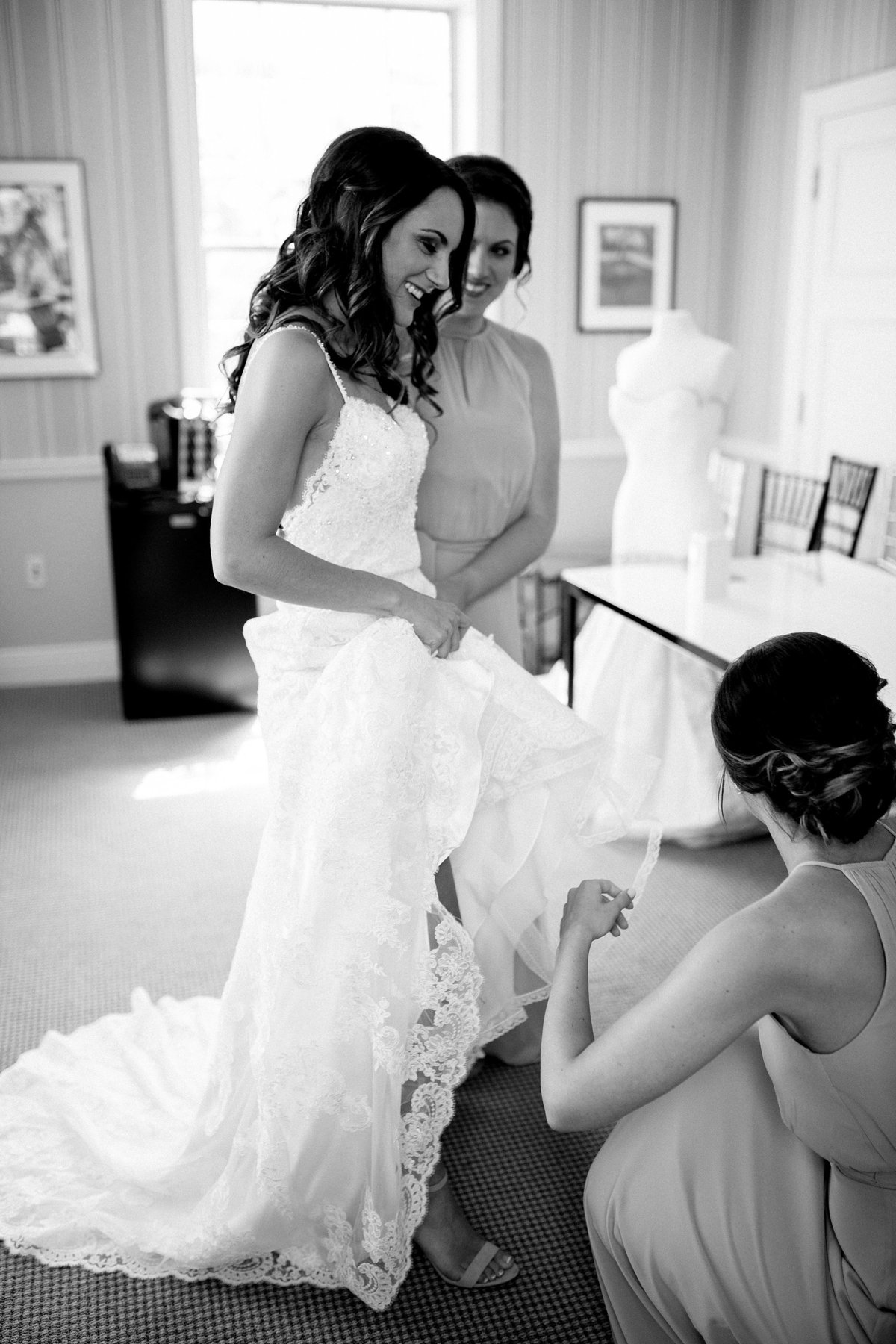 Shuster-Wedding-Grosse-Pointe-War-Memorial-Breanne-Rochelle-Photography18