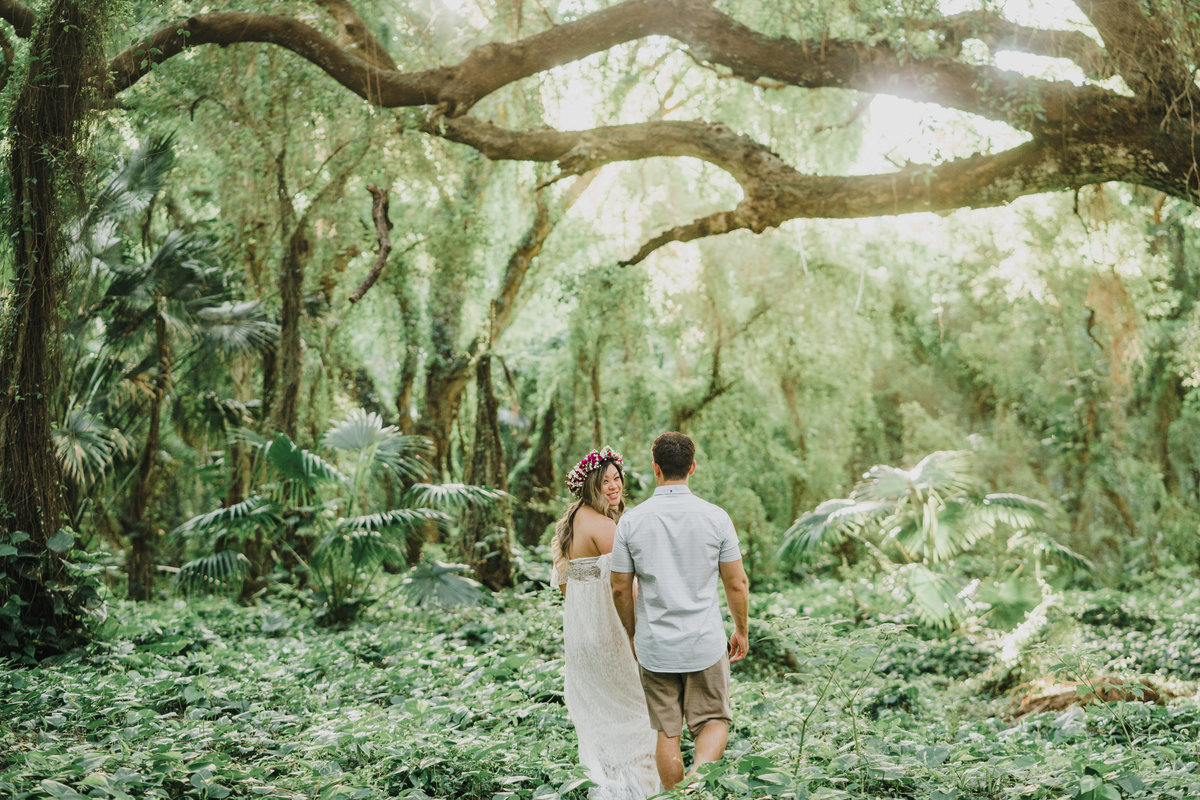Ironwoods-beach-and-Honolua-Bay-maternity-session-20