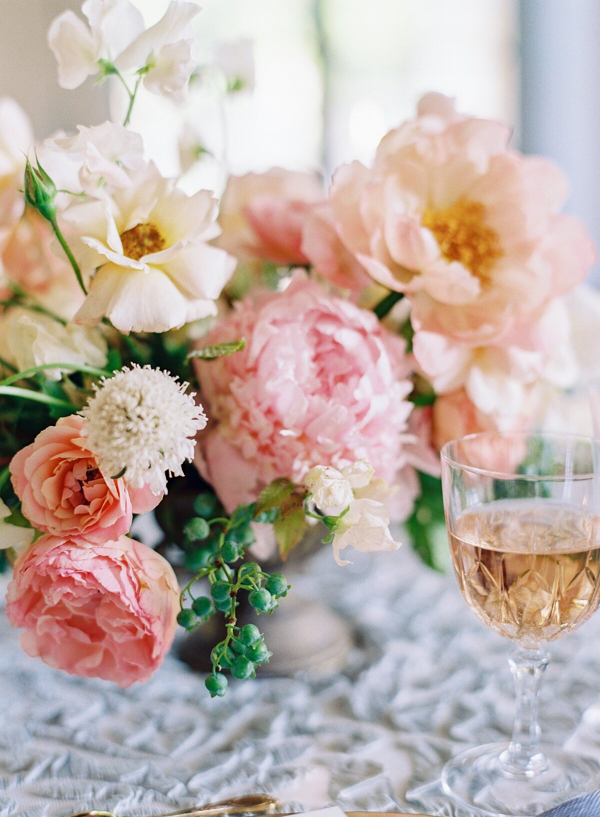 NKT-Events_Wedding-Inspiration-Editorial_Chateau-de-Villette-Bridal_0149