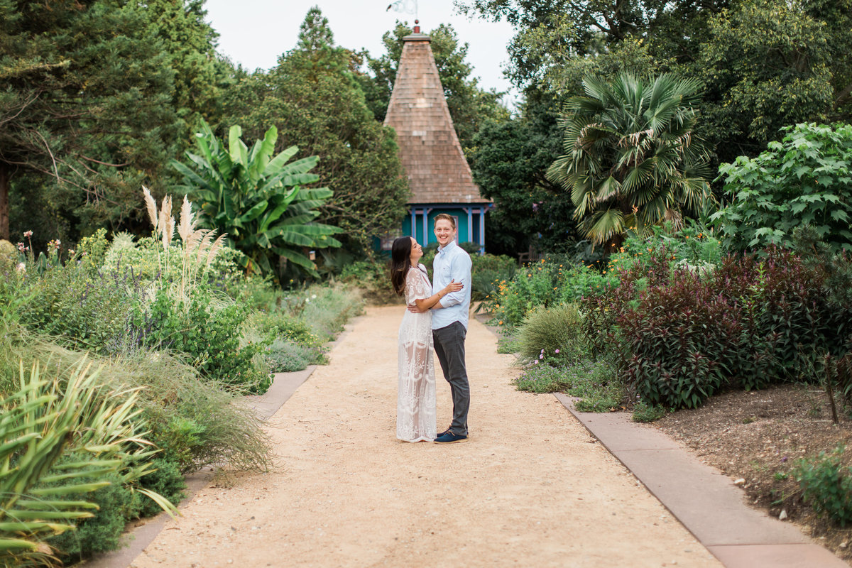 Danielle-Defayette-Photography-Raleigh-Arboretum=Engagement-34