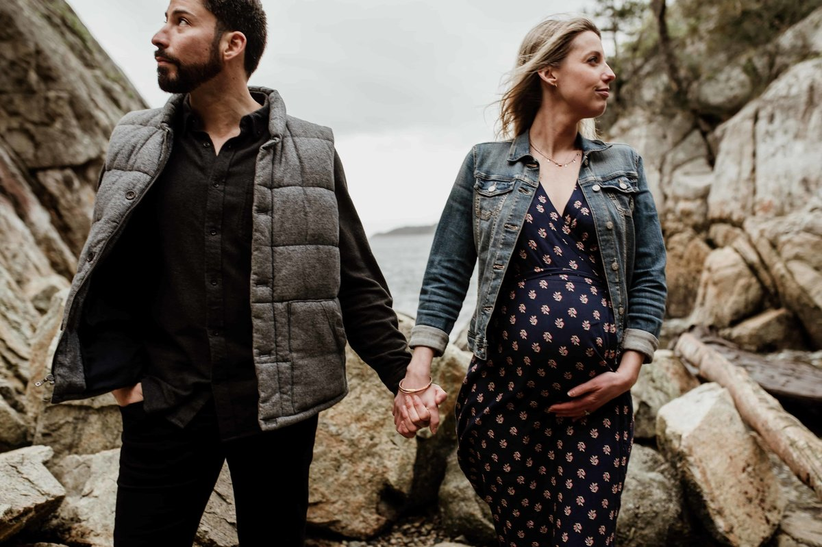 Vancouver couple maternity beach session