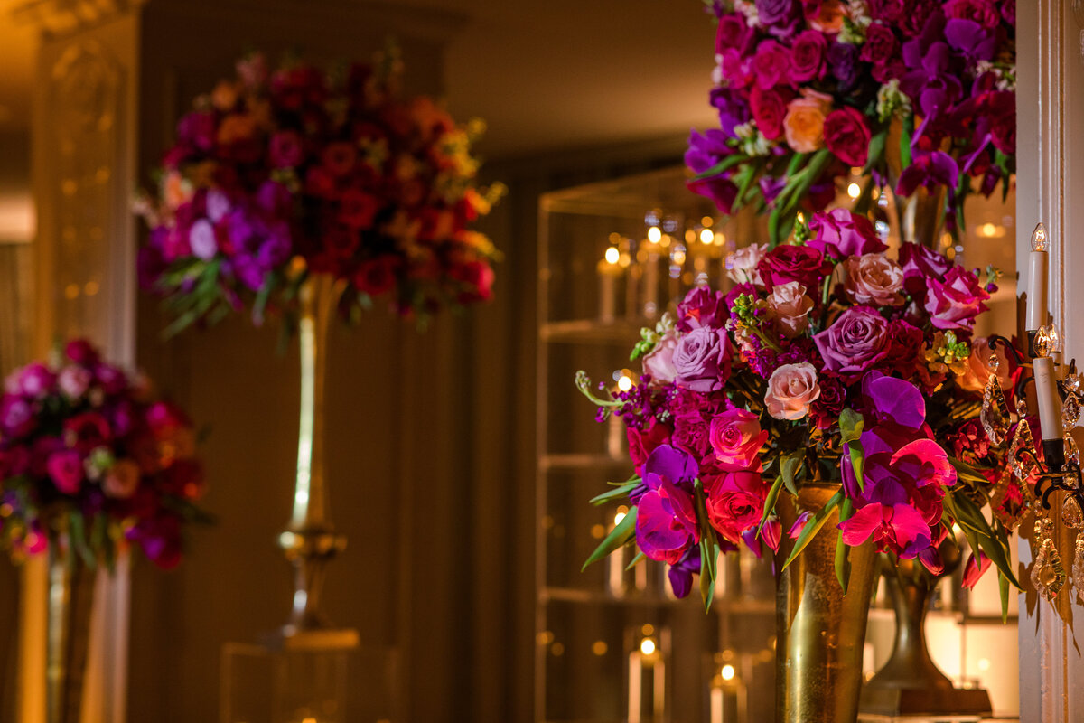 34thstreetevents-houston-hotelzaza-luxuryplanner-purple and pink alter orchids-34th street events
