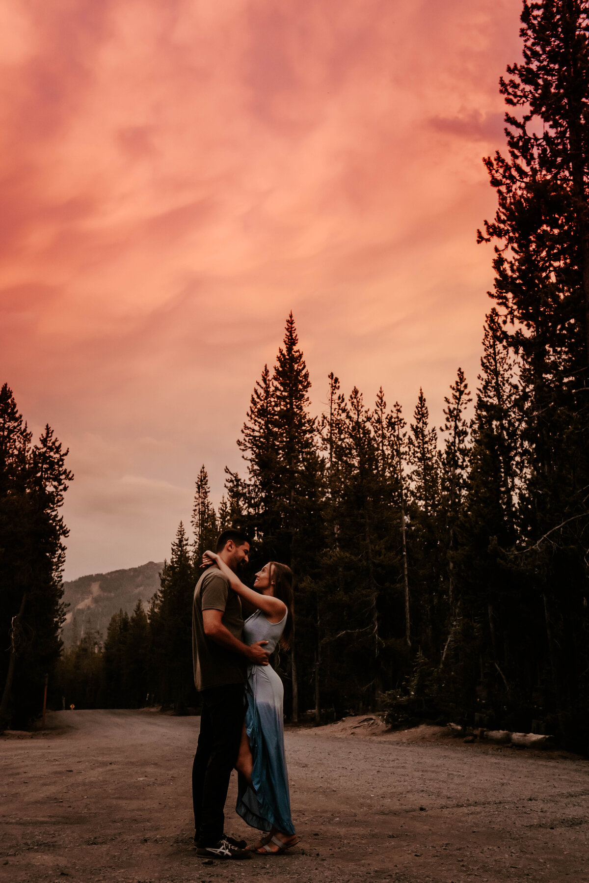 sparks-lake-oregon-couple-photographer-elopement-bend-lakes-bachelor-sisters-sunset-6368-2