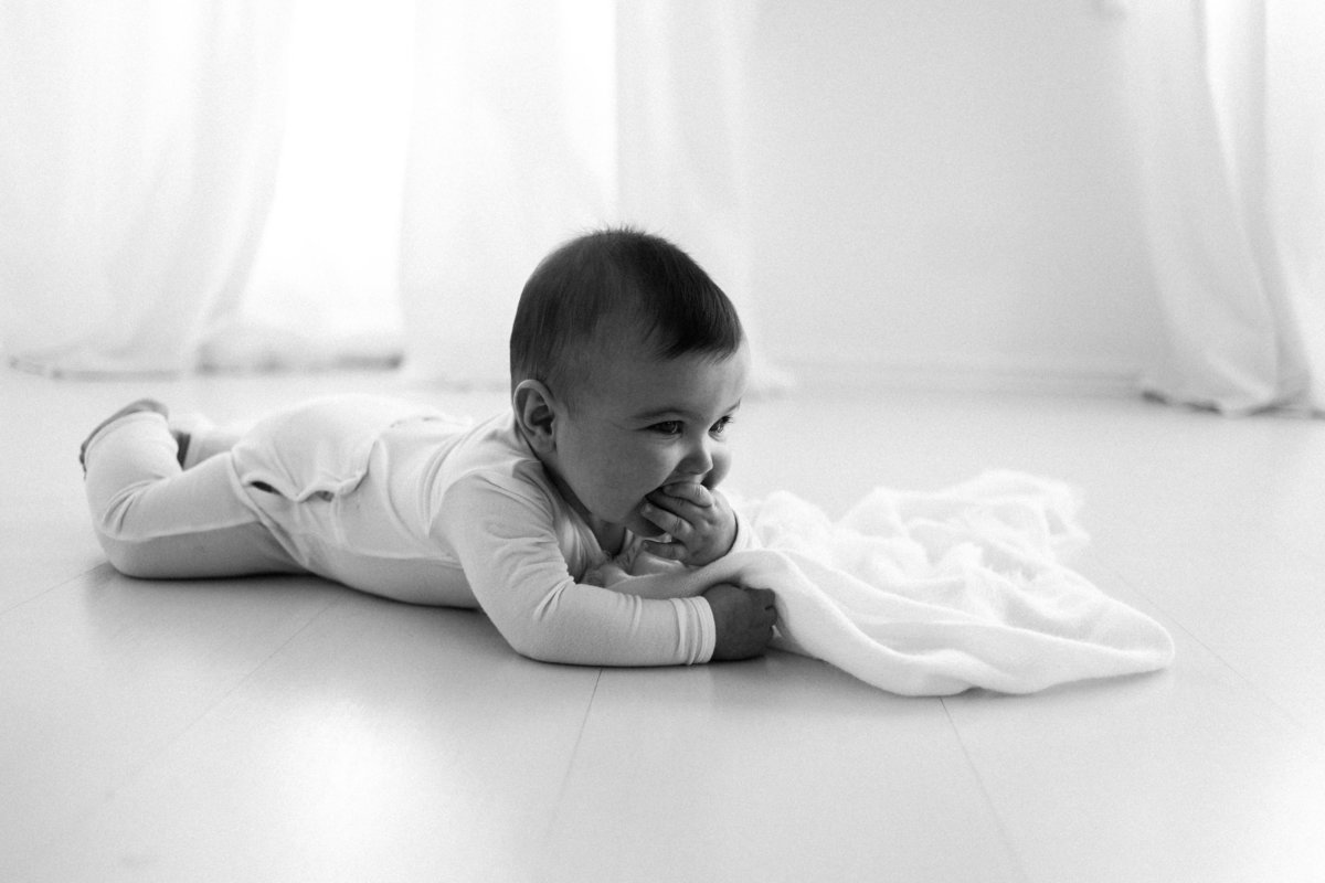 Chicago baby photographer | Elle Baker Photography