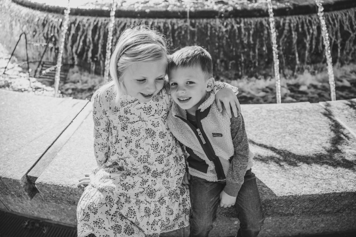 family-photos-in-downtown-cary-NC-4419-2