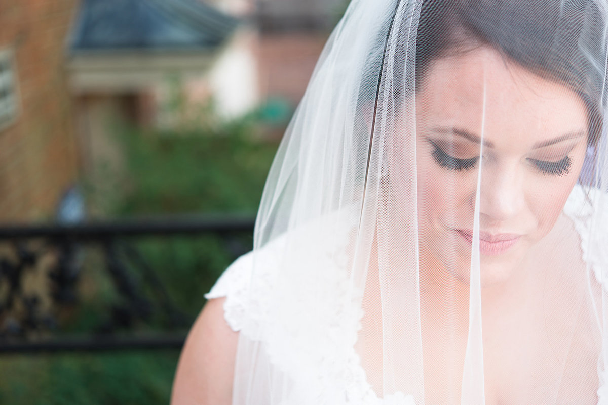 colonial country club bridal photo